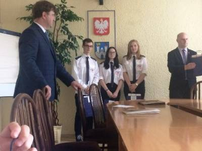 Powiatowego Konkursu Historycznego Częstochowscy nauczyciele w Katyniu
